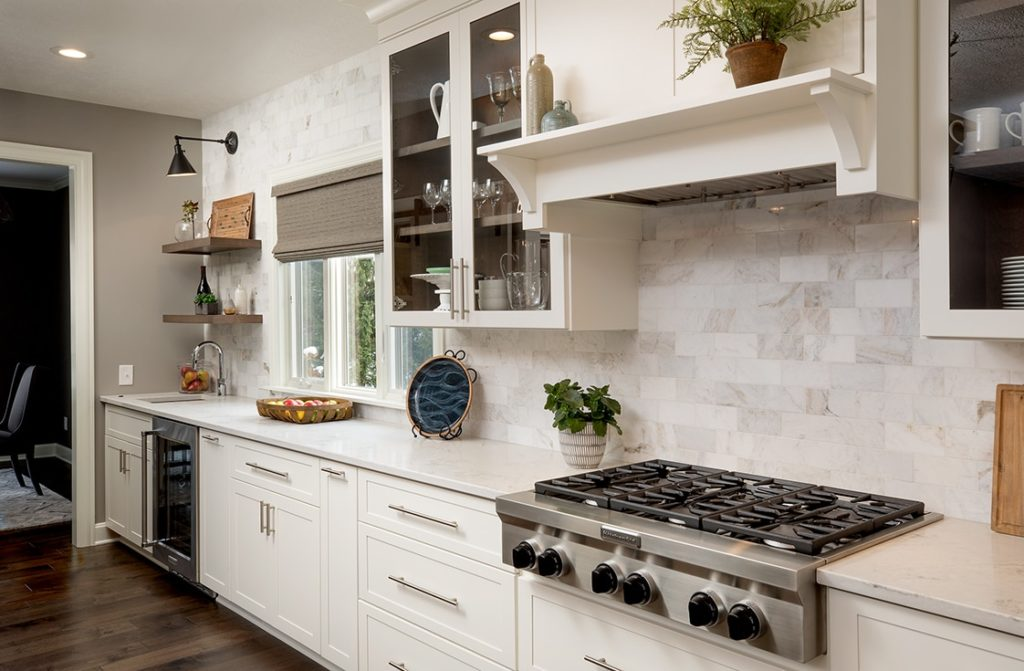 One of the backsplash ideas for a polished look in your kitchen.