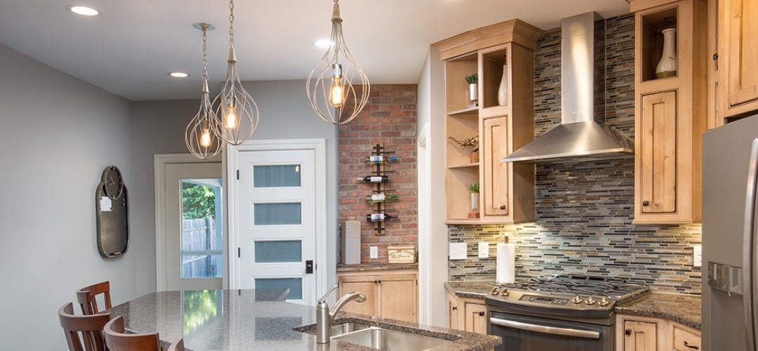 Lighting trends that use bare bulbs in the fixtures.